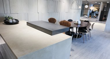rak-ceramics-showroom-interior-countertop