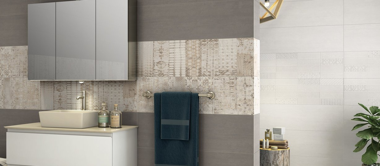 ensemble Brown tiles Modern style Bathroom